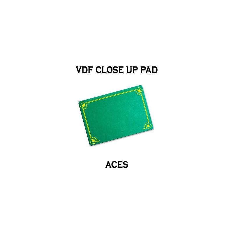 Tapis de Close Up 40X27 PRO VDF avec As - Medium - (Vert) wwww.magiedirecte.com