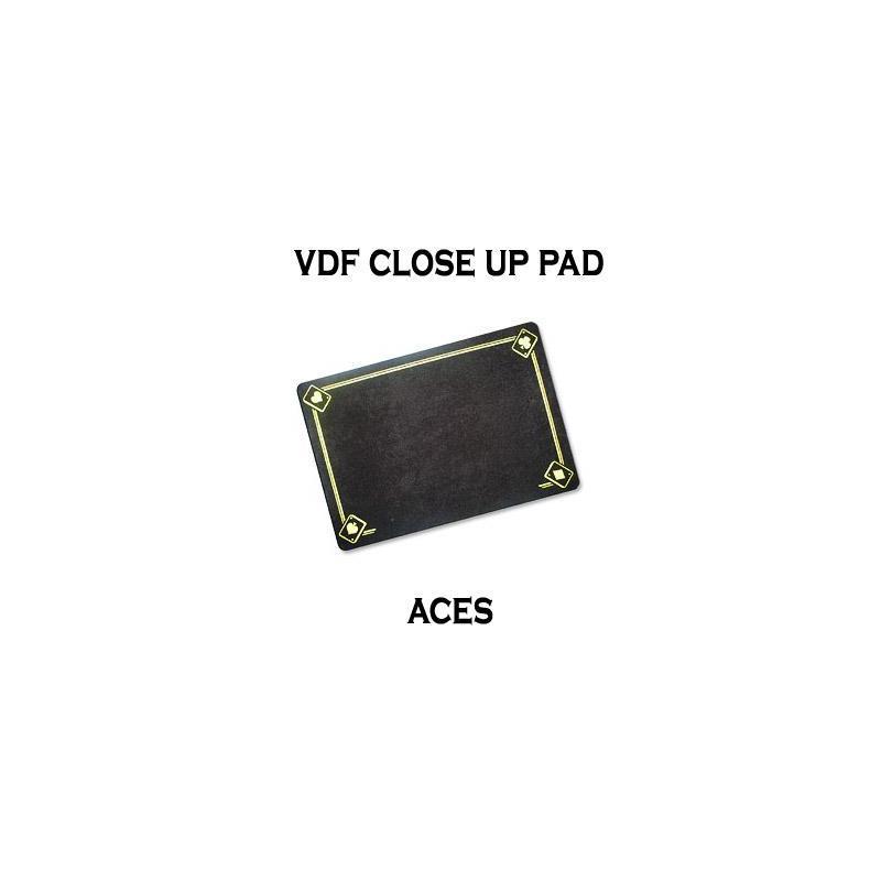 Tapis de Close Up 40X27 PRO VDF avec As - Medium - (Noir) wwww.magiedirecte.com