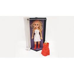 Dress Changing Doll by Tora Magic - Magie Directe wwww.magiedirecte.com